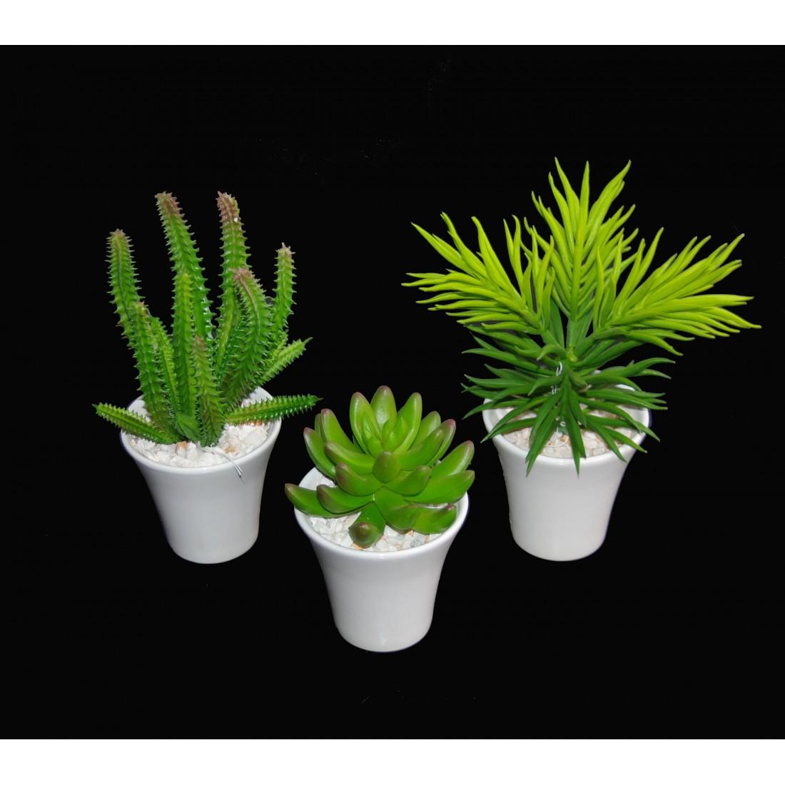 cactus artificiel en pot 18 cm mini cactus plantes. Black Bedroom Furniture Sets. Home Design Ideas