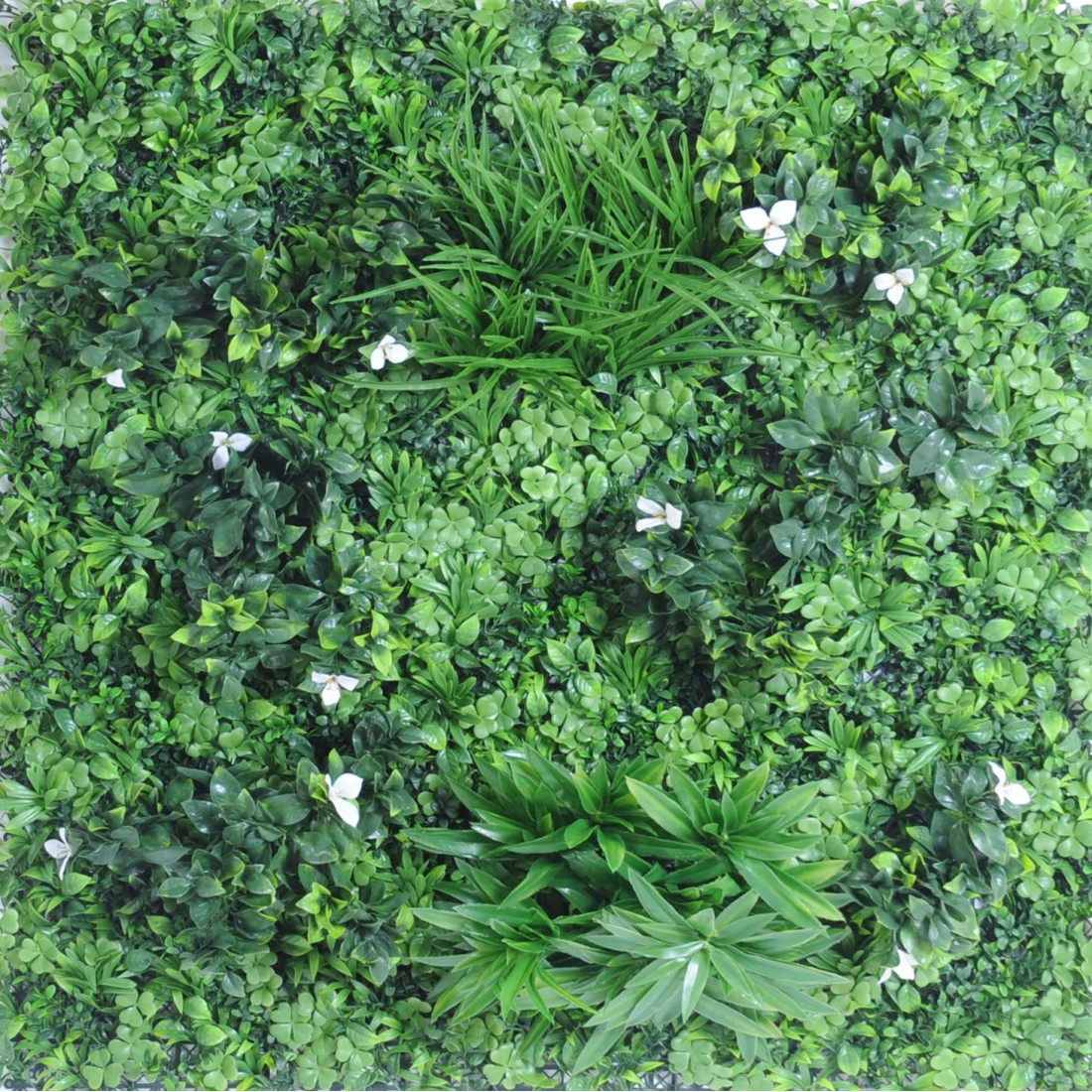 Mur vegetal c 100 x 100 cm plaques synth tique reflets for Mur vegetal exterieur synthetique