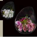 composition DAHLIA HORTENSIA et baies artificielle dans verre taillé 18 cm